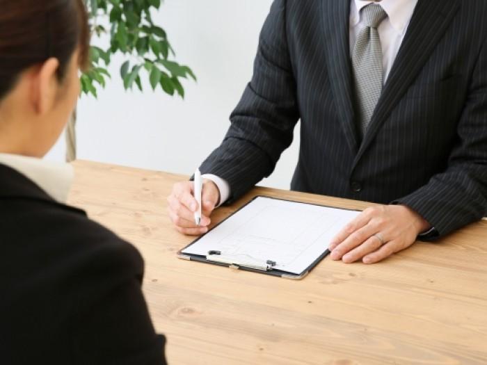 内定後のオファー面談の実態とは?注意点やマナーをエージェントが解説