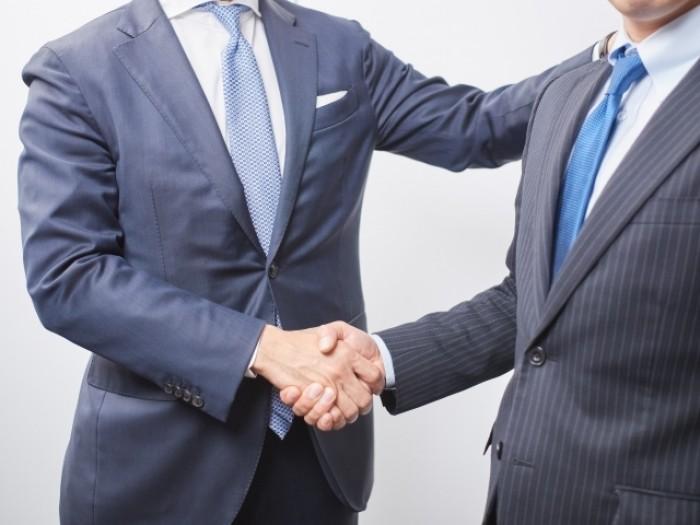 法務転職成功事例  転職回数が多くても大手企業グループから内定を獲得した50代男性